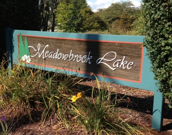 Meadowbrook Lake Sign